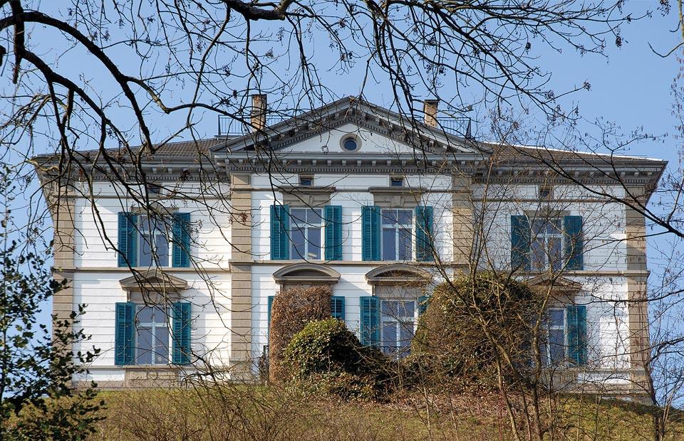 «Jenny-Schloss»: Herrschaftshaus mit reicher Architectur, auf's bequemste eingerichtet